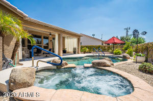 24726 S Pinewood Drive, Sun Lakes, AZ 85248