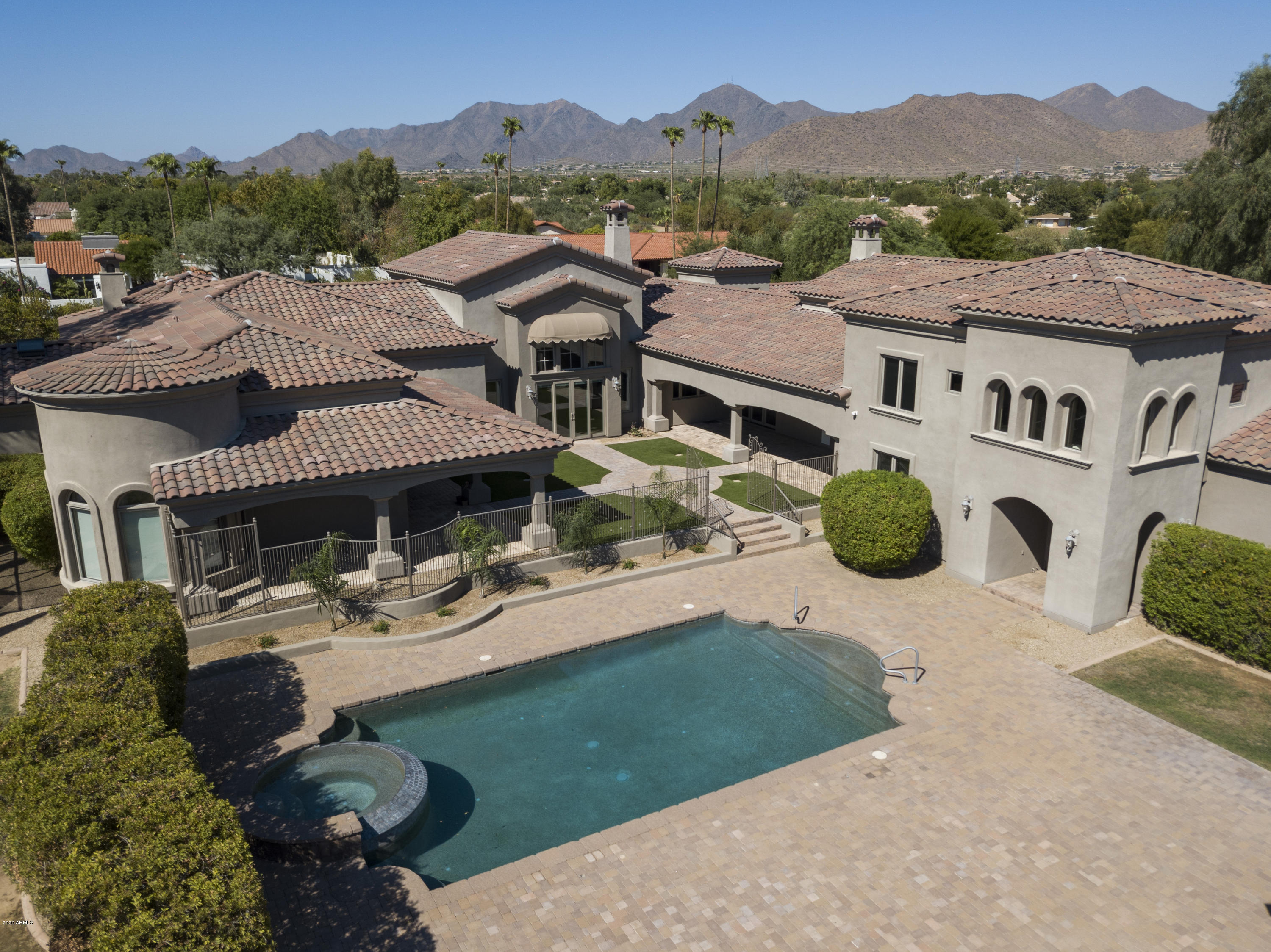 Property for sale at 10355 E Cholla Street, Scottsdale,  Arizona 85260