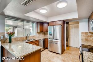 1018 W MORROW Drive, Phoenix, AZ 85027