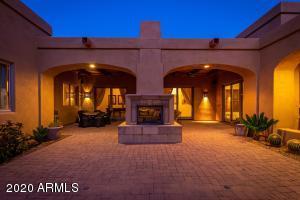 8300 E DIXILETA Drive, 218, Scottsdale, AZ 85266