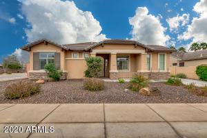 795 E BLUE RIDGE Way, Chandler, AZ 85249