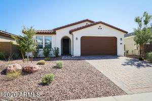 9779 W FOOTHILL Drive, Peoria, AZ 85383