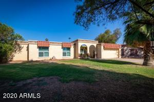 2402 W PERALTA Circle, Mesa, AZ 85202