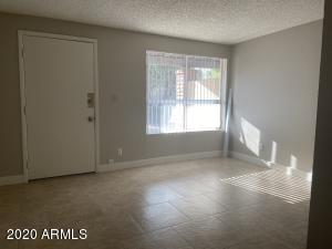855 S EXTENSION Road, Mesa, AZ 85210