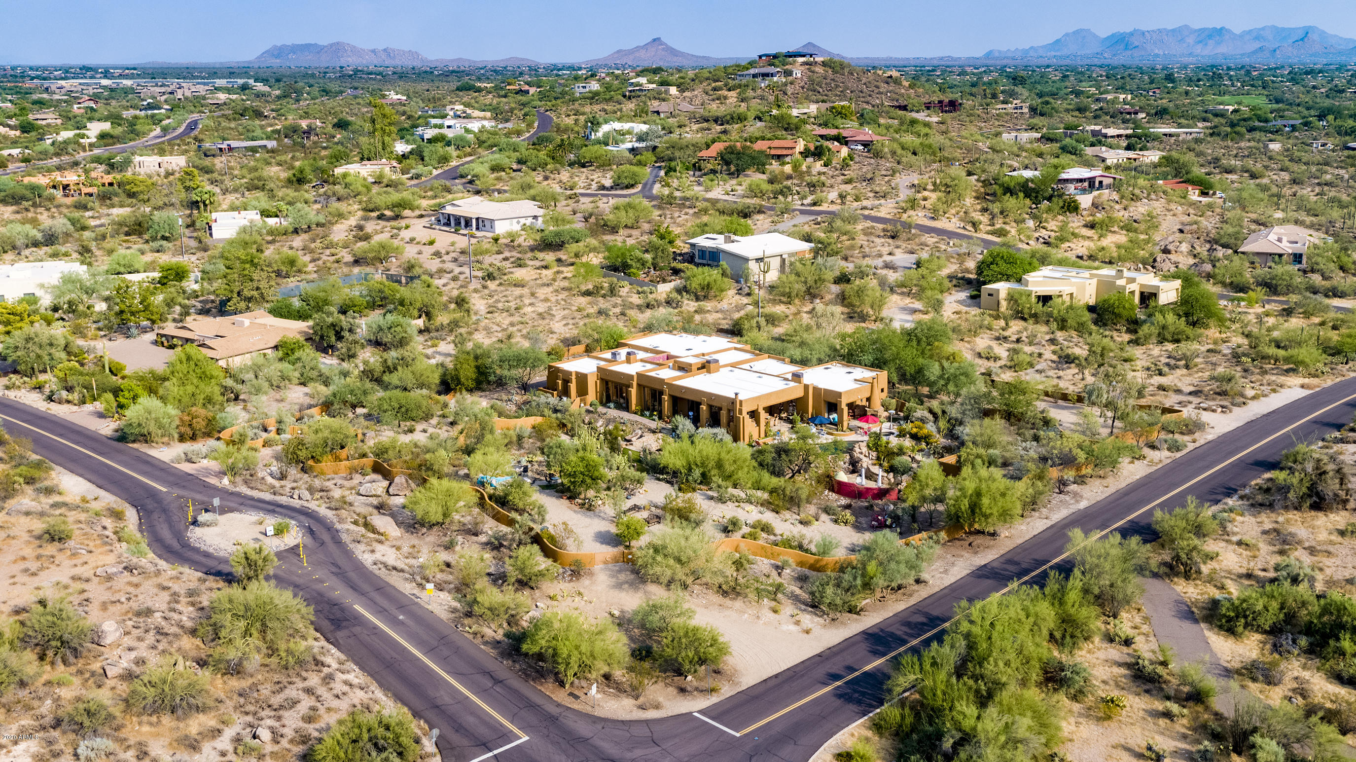 37075 BLOODY BASIN Road, Carefree, Arizona 85377, 4 Bedrooms Bedrooms, ,6 BathroomsBathrooms,Residential,For Sale,BLOODY BASIN,6131650