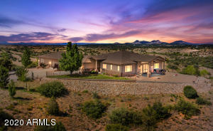 10 Acres, Solitude, and Wonderful Views!