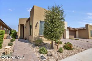 868 E COBBLE STONE Drive, San Tan Valley, AZ 85140