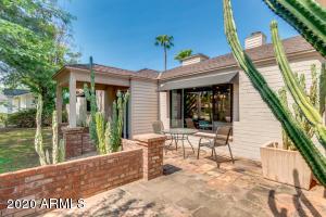 3222 E MEDLOCK Drive, Phoenix, AZ 85018