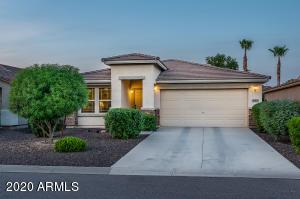 960 E LESLIE Avenue, San Tan Valley, AZ 85140