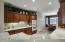 Attractive kitchen with eating area