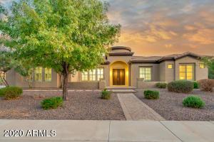 2705 E BARTLETT Place, Chandler, AZ 85249