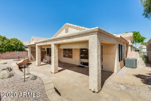 13997 W Santee Way, Surprise, AZ 85374