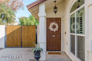 719 N CRISS Street, Chandler, AZ 85226