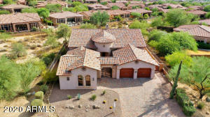 Lovely luxury Las Sendas home in Stonecliff on Las Sendas Mountain.