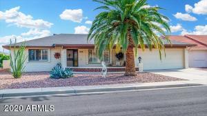 8303 E Laguna Azul Avenue, Mesa, AZ 85209