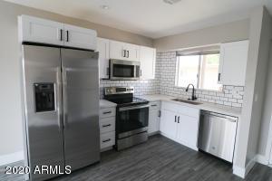 4600 N 68TH Street, 326, Scottsdale, AZ 85251