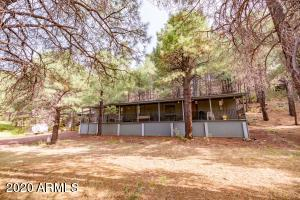 3715 HAPPY TRAILS Drive, Flagstaff, AZ 86001