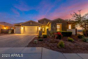2645 W CORVA Drive, Phoenix, AZ 85085