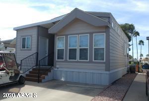 2258 S SEMINOLE Drive, Apache Junction, AZ 85119