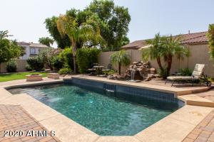 4702 S BANDIT Road, Gilbert, AZ 85297
