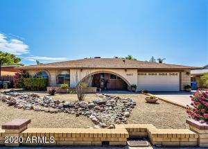 Three bedroom, single level home in Glendale with no HOA!