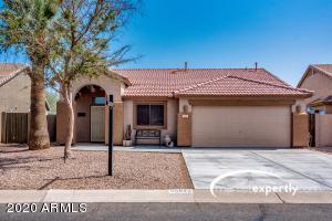 30629 N MAPLE CHASE Drive, San Tan Valley, AZ 85143