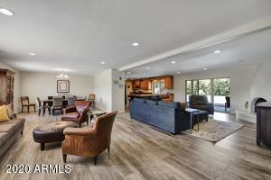 12656 N 56TH Place, Scottsdale, AZ 85254
