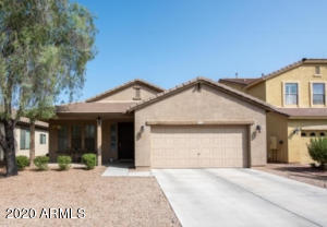 1104 W DESERT HOLLOW Drive, San Tan Valley, AZ 85143