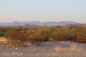 650 W BRALLIAR Road, -, Wickenburg, AZ 85390