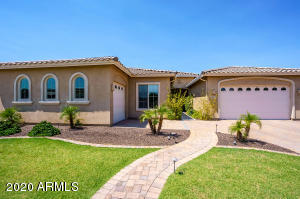 960 E RELIANT Street, Gilbert, AZ 85298