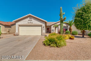 1450 E COUNTY DOWN Drive, Chandler, AZ 85249