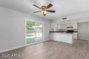 1741 W MESETO Avenue, Mesa, AZ 85202