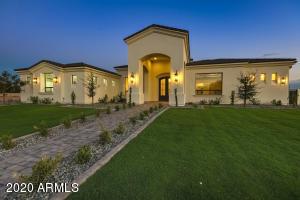 1281 E KINGBIRD Place, Chandler, AZ 85286