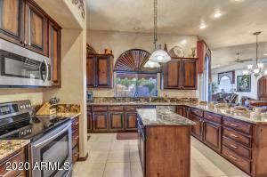 8352 E CANYON ESTATES Circle, Gold Canyon, AZ 85118