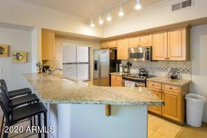 Granite Countertops! Maple Cabinetry!
