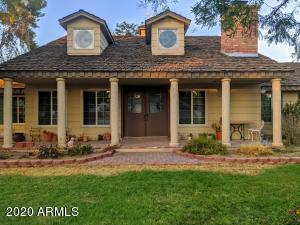 8902 W LAWRENCE Lane, Tolleson, AZ 85353