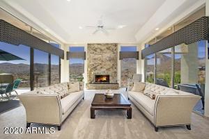 16018 N NORTE VISTA Drive, Fountain Hills, AZ 85268