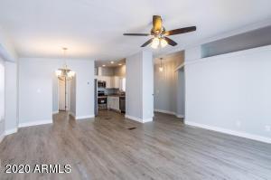 1864 E AUGUSTA Avenue, Chandler, AZ 85249