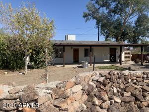 589 WHIPPLE Court, Wickenburg, AZ 85390
