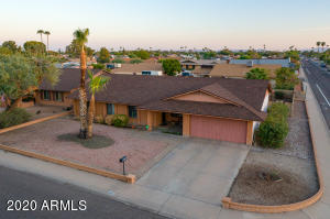 4627 W LARKSPUR Drive, Glendale, AZ 85304