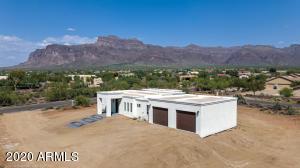 5977 E 18th Avenue, Apache Junction, AZ 85119