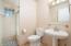 Casita - Bathroom2