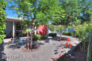 819 N SPUR Circle, Mesa, AZ 85203