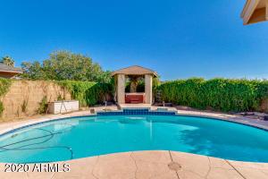 2435 E KENWOOD Circle, Mesa, AZ 85213