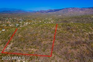 2200 E Circle Mountain Road, New River, AZ 85087