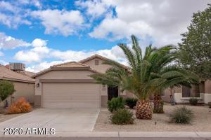 1050 E VERNOA Street, San Tan Valley, AZ 85140