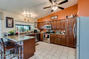 11106 W SELLS Drive, Phoenix, AZ 85037