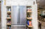 KITCHEN WITH SLIDE OUT SHELVES
