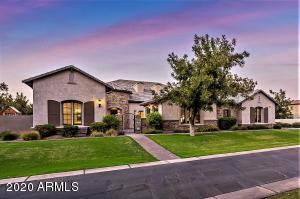 Stunning five bedroom home in the exclusive Pecans subdivision!
