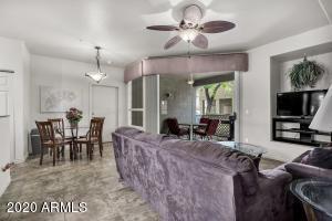 1633 E LAKESIDE Drive, 52, Gilbert, AZ 85234